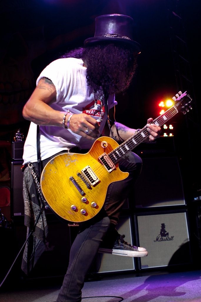 Slash @ Leeds Academy, Jul 2011