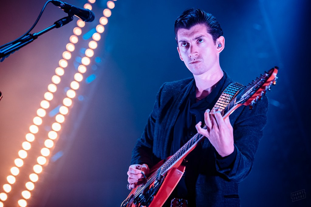 Arctic Monkeys @ Manchester Arena, Oct 2013