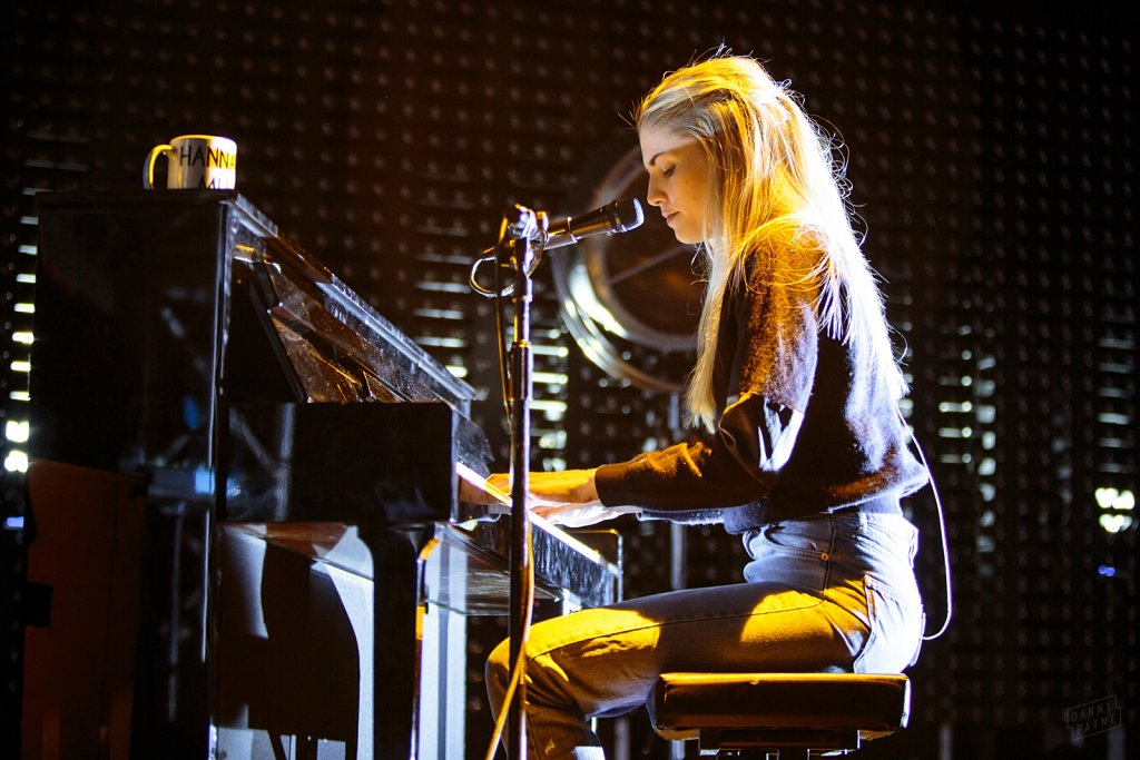 London Grammar @ Leeds Academy, Feb 2014