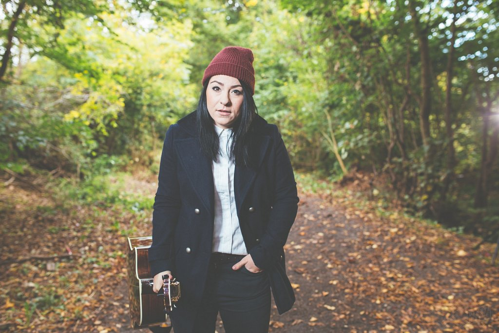 Lucy Spraggan, Oct 2015