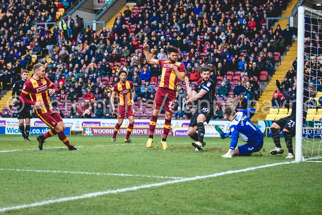 Bradford City v Oxford United, Dec 2017