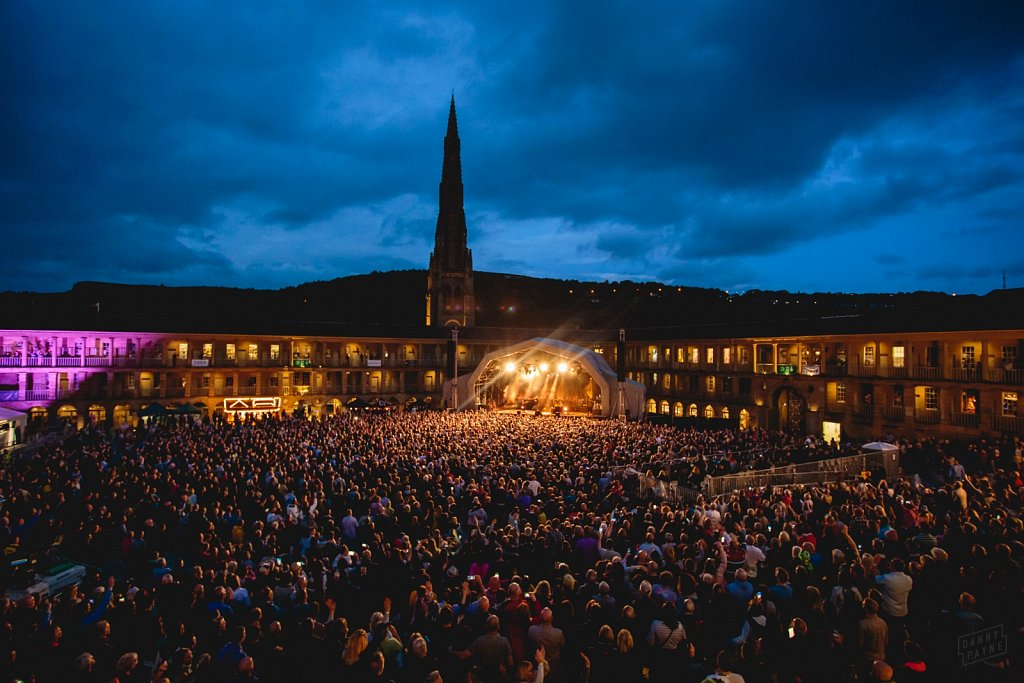 Elbow @ Halifax Piece Hall, Jun 2019